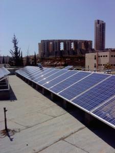 פאנלים סולאריים ביתיים
